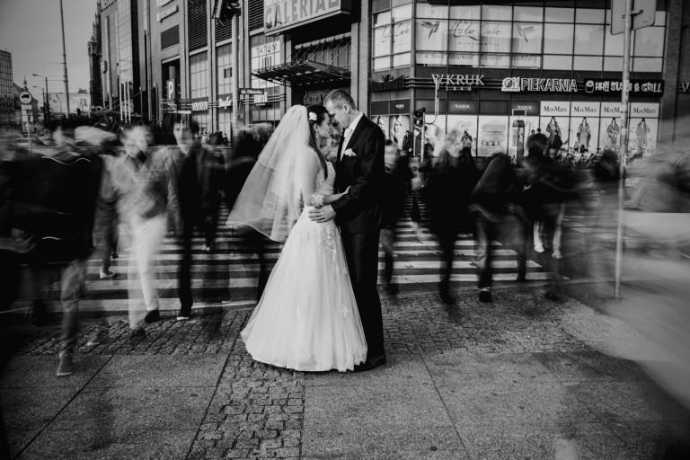 Nowożeńcy – dla nich czas się zatrzymał