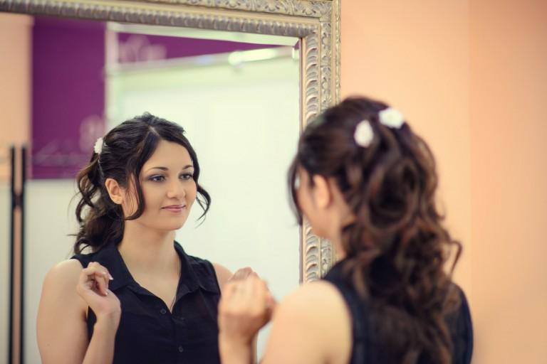 Panna młoda po wizycie u kosmetyczki