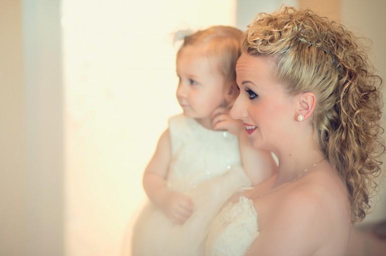 Mama z córka przed ślubem